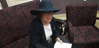 zorica-sa-šeširom