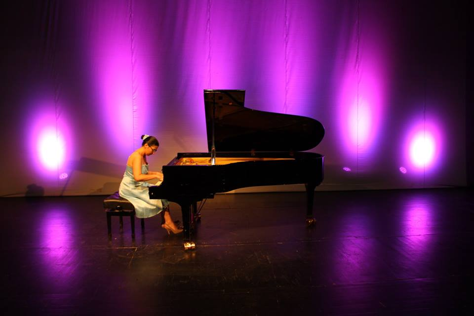 marija-timotijevič-svira-klavir
